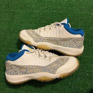 Air Jordan Retro 11 Low Zest Blue 2007 Sneakers